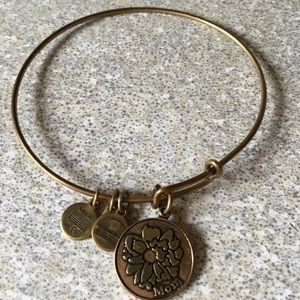 Jewelry - 8 Alex and Ani Bracelet bundle $80